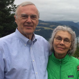 Gene Albrecht with Paula at Columbia Gorge