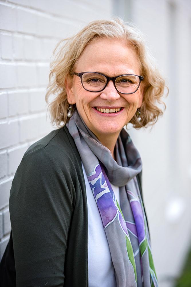 Photo of Dr. Susan Alberts
